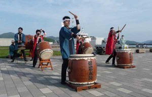 David's last performance with the Tomie- Wako Taiko Team - welcoming Fujimaru Cruiseship at the Port